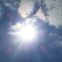 Durch die Sonne sicher zurück mit Fallschirm